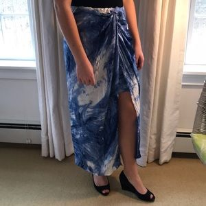 ELIE TAHARI Silk Sarong skirt